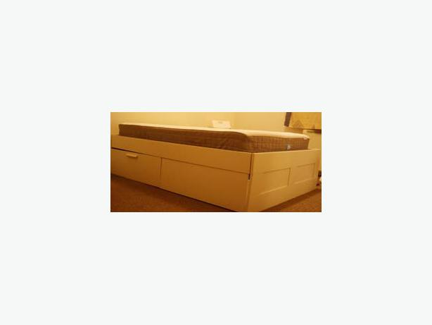 Double mattress and bed frame with storage wolverhampton for Used bed frame with storage