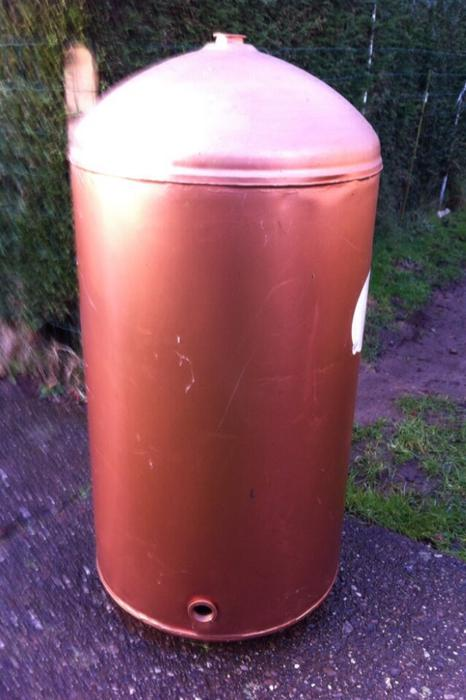 Copper tank dudley wolverhampton for Copper hot water tank