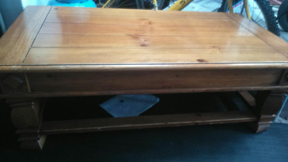 Solid wood coffee table other wolverhampton mobile for Other uses for a coffee table