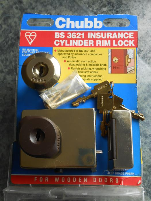 Insurance Standard Cylinder Rim Lock For Wooden Doors