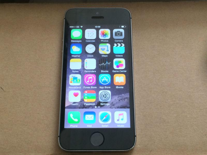 iphone 5s unlocked iphone 5s 32gb unlocked space grey great barr wolverhampton 1045