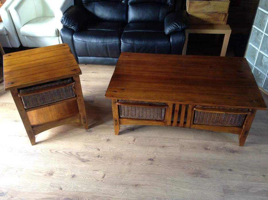 Matching coffee table and side table with wicker draws for Matching coffee table and side table