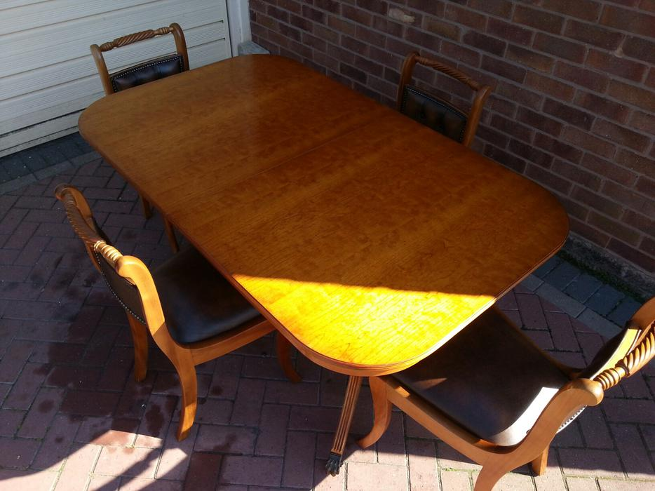 Dining Table And Chairs WALSALL Wolverhampton
