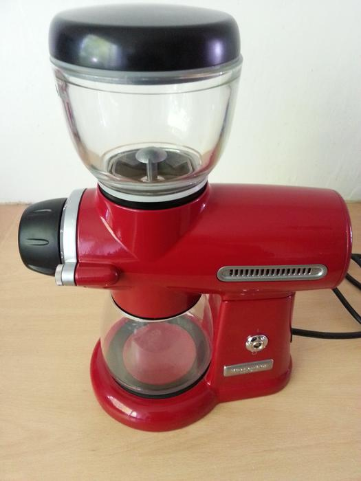 kitchenaid artisan coffee burr grinder 5kcg100 red walsall walsall. Black Bedroom Furniture Sets. Home Design Ideas