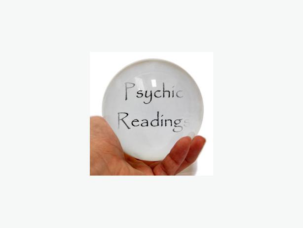 PSYCHIC MEDIUM, CLAIRVOYANT, TAROT, PALM & CRYSTAL BALL READINGS: £20.
