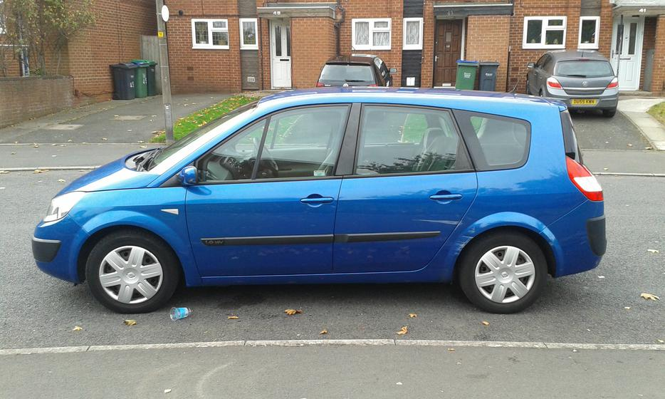 2005 renault grand scenic 1 6 16v 7 seater oldbury sandwell. Black Bedroom Furniture Sets. Home Design Ideas