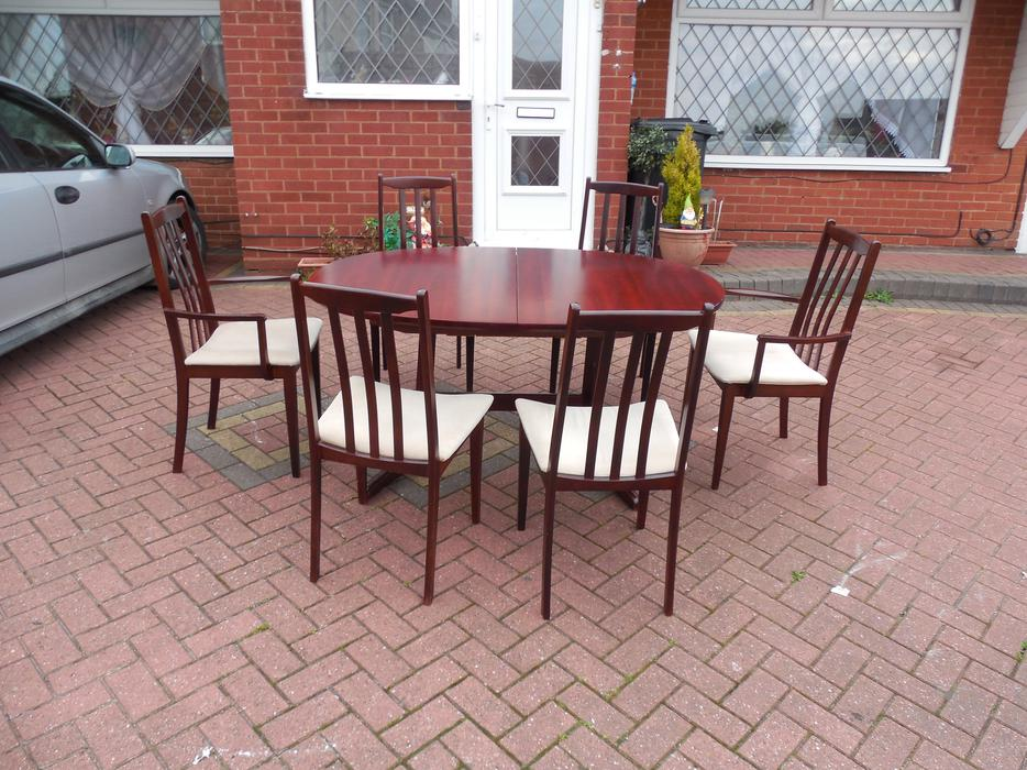 DINING TABLE6 CHAIRS FOR SALE Sedgley Wolverhampton : 104822262934 from www.usedwolverhampton.co.uk size 934 x 700 jpeg 129kB