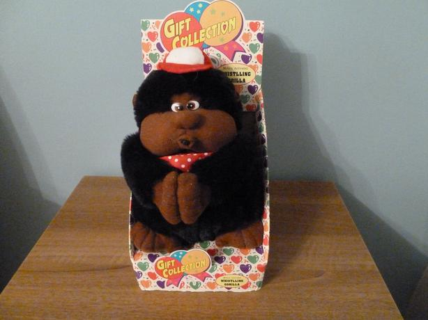 1990s VINTAGE MOTION ACTIVATED WHISTLING GORILLA
