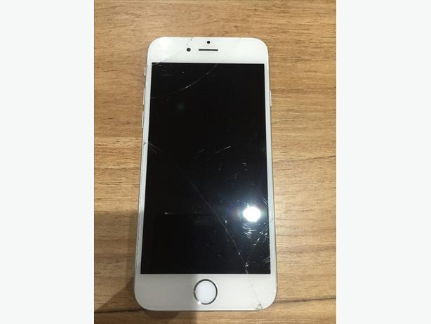 White Iphone 6 16gb On 02 Giff Gaff Tesco Cracked Screen However Still Works Other Then Front Camera Which Is Part Of The Assembly Comes