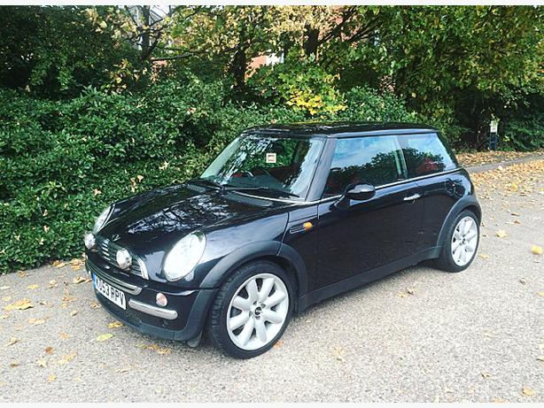 2003 mini cooper 1 6 chilli pack wolverhampton dudley. Black Bedroom Furniture Sets. Home Design Ideas