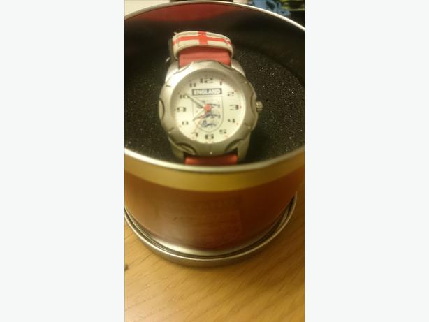 children's England quartz velcro watch in england case
