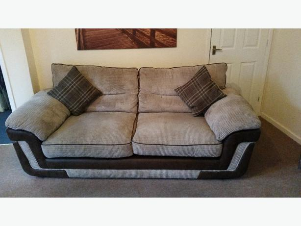 3 Seater Settee And Chair Outside Black Country Region
