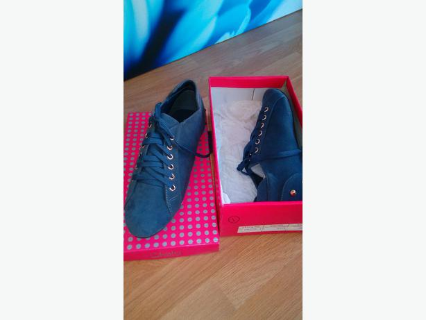 Shoes Size 5 Brand New