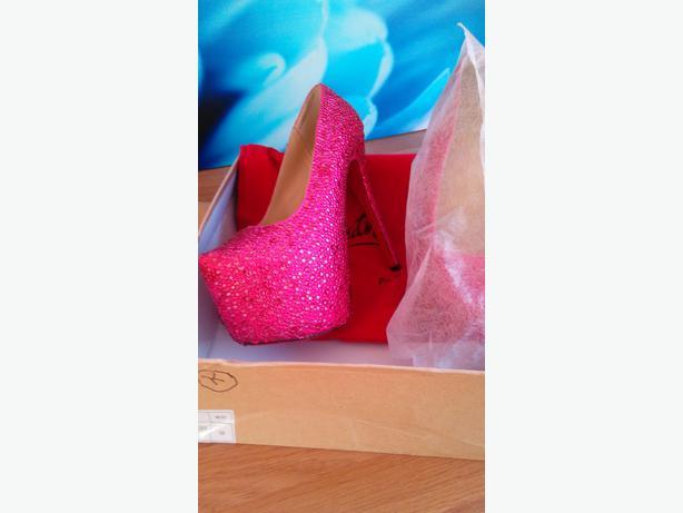 Diamante Heels Size 5 Brand New