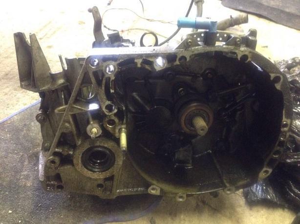 Renault Megane II gearbox 2002-2008 1.4