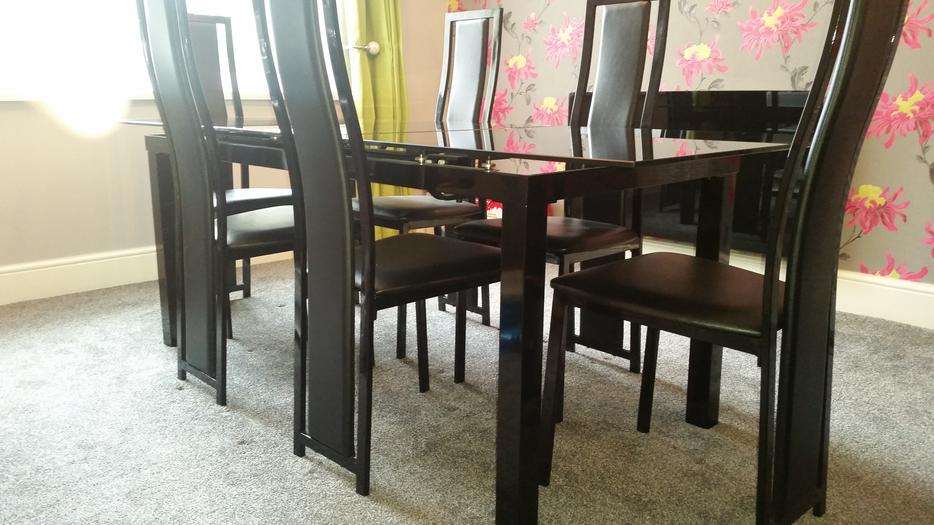 Harveys Black Glass Extending Dining Table Amp 6 Chairs Rrp