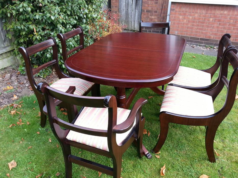 Dining Table and Chairs WALSALL Wolverhampton : 104851897934 from www.usedwolverhampton.co.uk size 934 x 700 jpeg 149kB