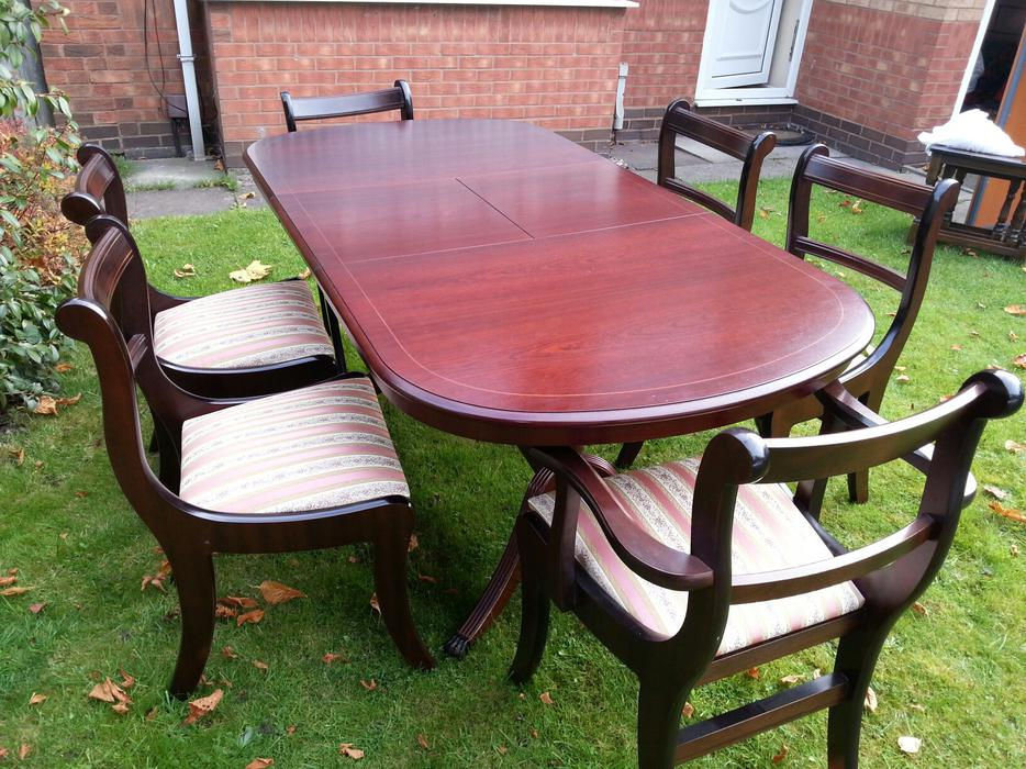 Dining Table and Chairs WALSALL Wolverhampton : 104851898934 from www.usedwolverhampton.co.uk size 934 x 700 jpeg 137kB