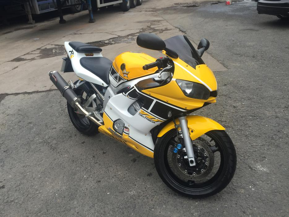 Yamaha r6 yzfr6 2000 for sale wolverhampton dudley for 2001 yamaha pw80 for sale
