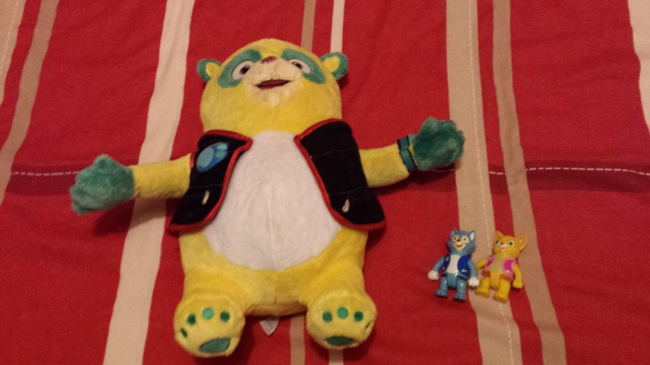 Special Agent Oso Disney Store Cuddly Toy And Figures