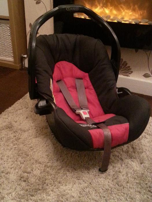 red and black graco car seat sandwell walsall. Black Bedroom Furniture Sets. Home Design Ideas