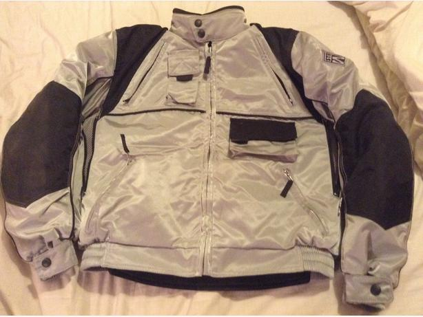 L@@k ~ Ladies Motor Cycle Jacket ~ VGC ~ Great Pressie ~ L@@k