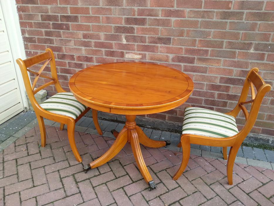 Dining Table amp Chairs WALSALL Dudley : 104880344934 from useddudley.co.uk size 934 x 700 jpeg 115kB
