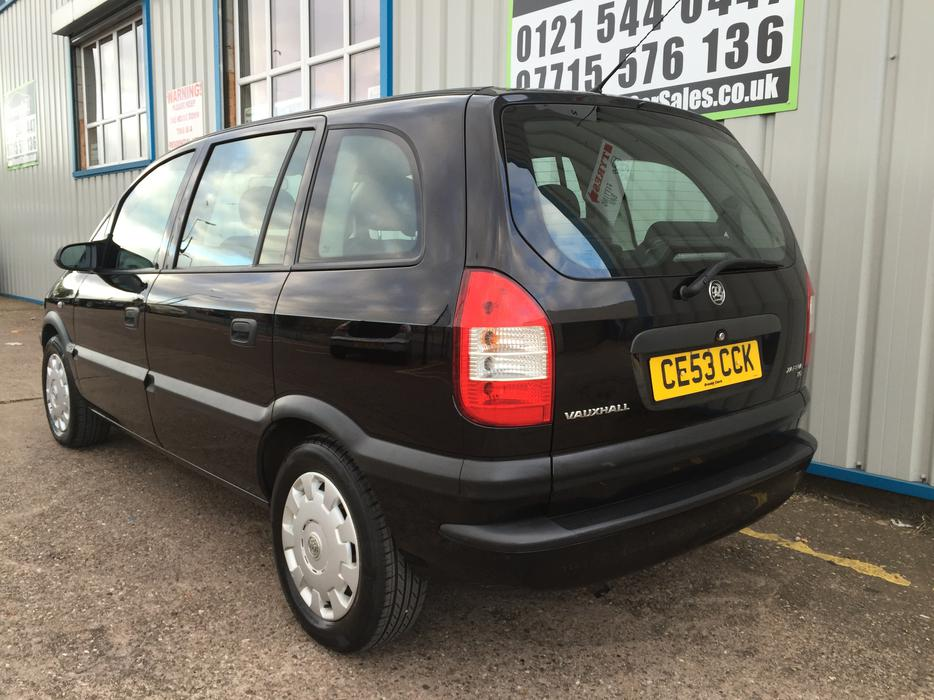 vauxhall zafira 1 6 club  12 months mot   1 owner   low