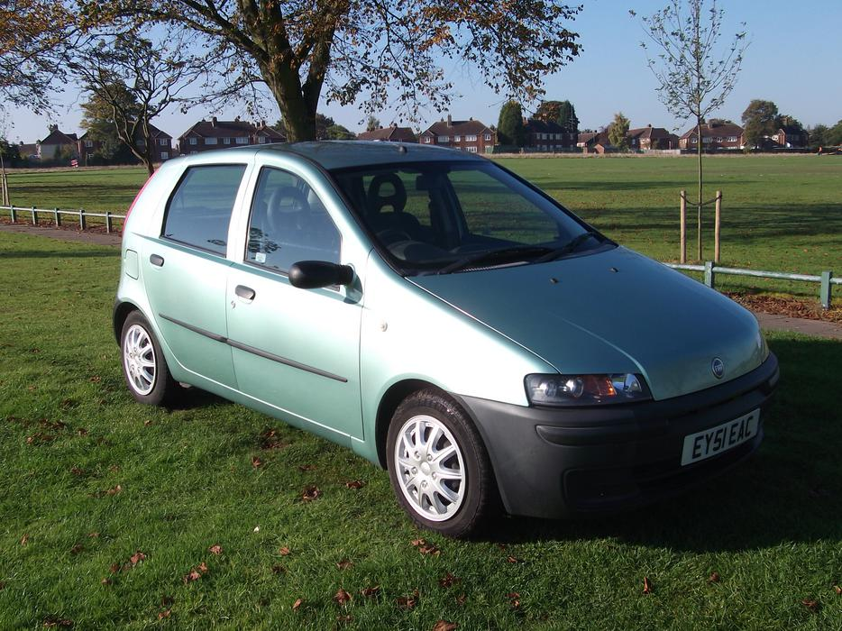 fiat punto 1 9 diesel 5 door hatchback great barr dudley. Black Bedroom Furniture Sets. Home Design Ideas