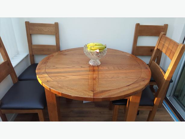 Solid oak dining room set wolverhampton dudley for Dining chairs for less