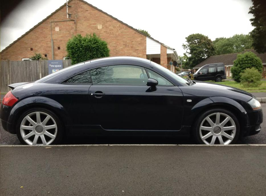 2003 audi tt 225 quotrro walsall dudley. Black Bedroom Furniture Sets. Home Design Ideas