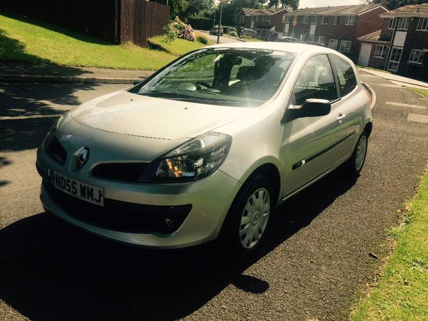 renault clio 1 5 dci turbo diesel sandwell walsall. Black Bedroom Furniture Sets. Home Design Ideas