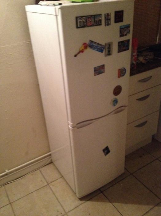 fridge freezer for sale willenhall sandwell. Black Bedroom Furniture Sets. Home Design Ideas