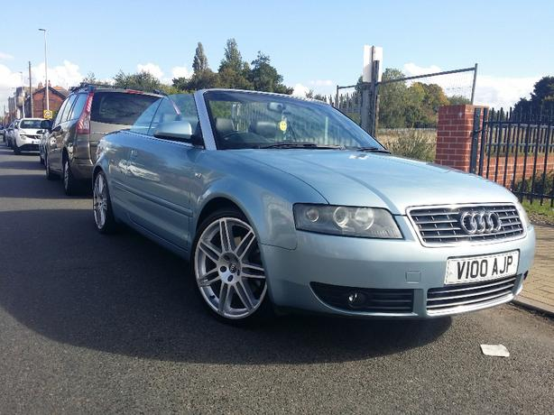 audi a4 convertible 2 5 tdi v6 sport 2004 west bromwich wolverhampton. Black Bedroom Furniture Sets. Home Design Ideas