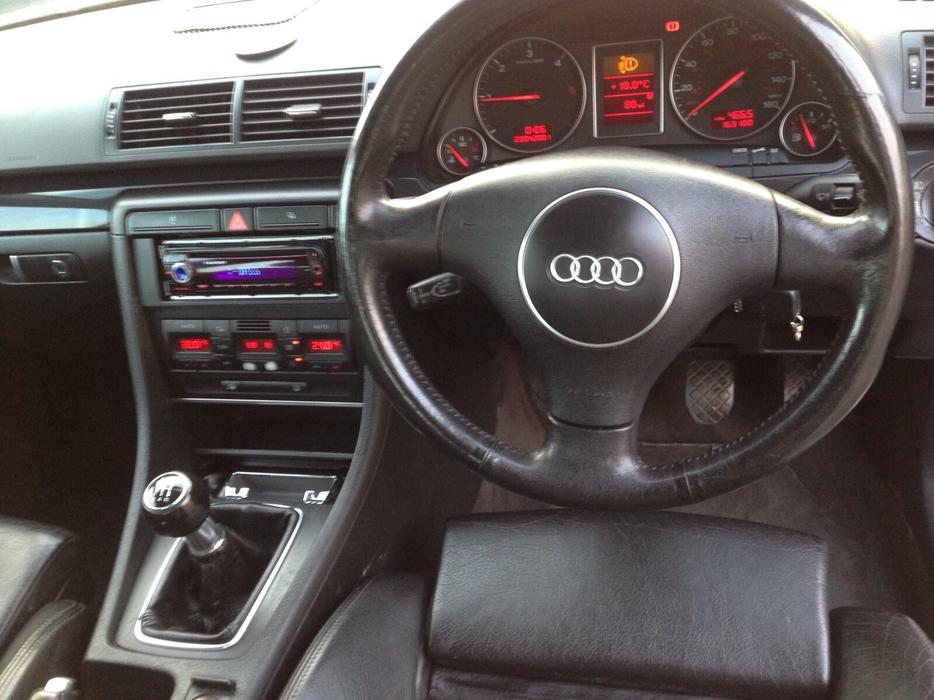 audi a4 1 9 tdi sport 130 bhp outside black country region dudley. Black Bedroom Furniture Sets. Home Design Ideas
