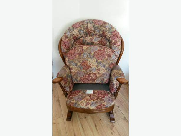 Joynson Holland Wooden Rocking Chairs&3 seat settee Winchester Style