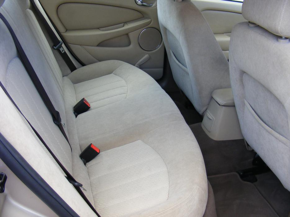 jaguar x type 2 0 diesel classic spares or repair bilston sandwell. Black Bedroom Furniture Sets. Home Design Ideas