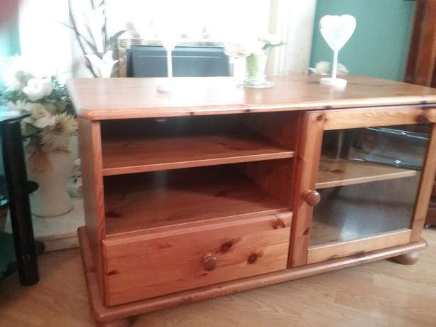 BEAUTIFUL LARGE SOLID PINE TV UNIT WITH GLASS DOOR AND DRAW