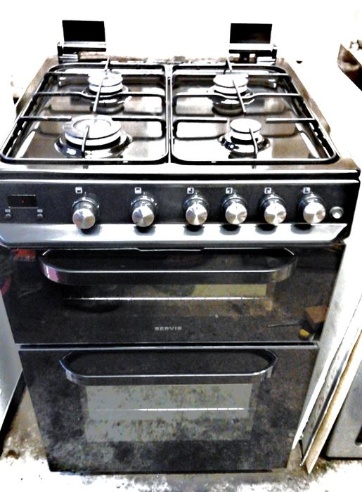 Gas cooker, 60 cm wide, clean, free delivery Halesowen, Dudley