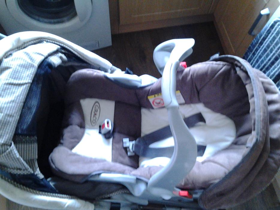 3 In 1 Graco Pram Pushchair Car Seat With Accessories