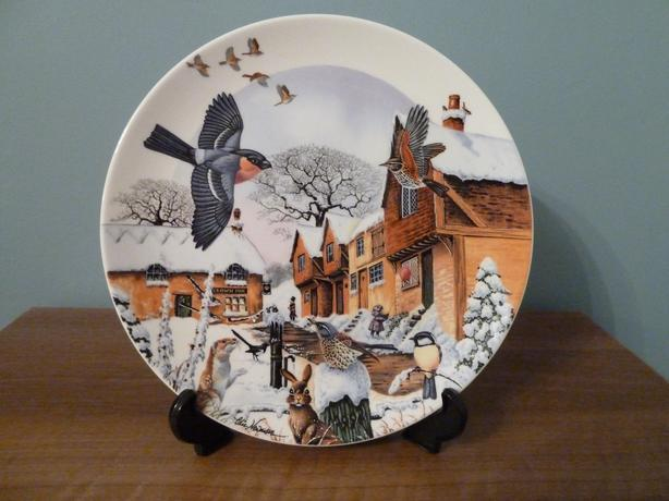 1992 WEDGWOOD CHRISTMAS PLATE - COLIN NEWMAN'S COUNTRY XMAS