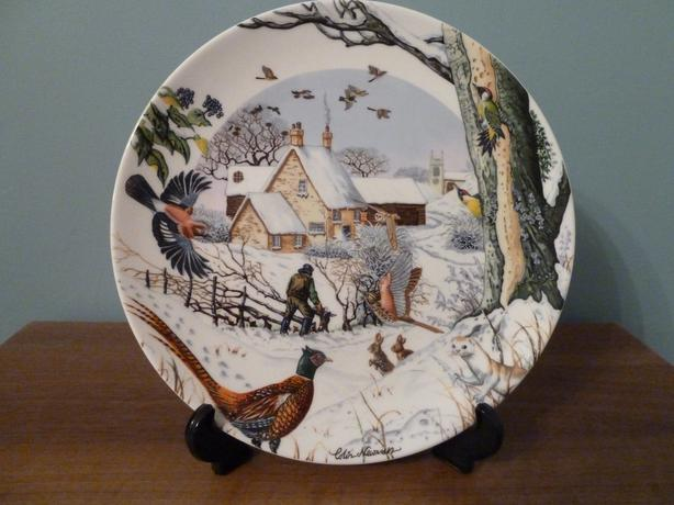 1991 WEDGWOOD CHRISTMAS PLATE - COLIN NEWMAN'S COUNTRY XMAS