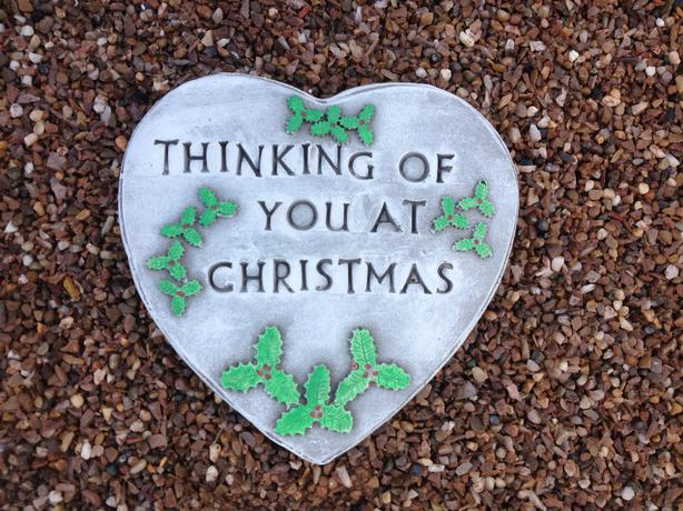 Memorial hearts and tears, Christmas