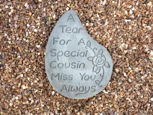 Memorial hearts and tears, Cousin