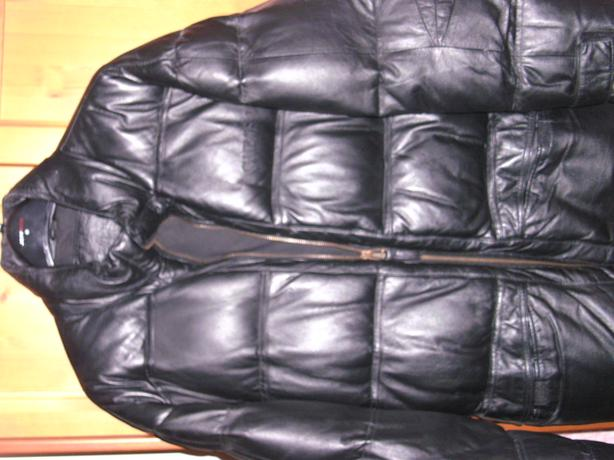 GUESS USA, BLACK LEATHER COAT.