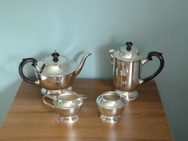 SILVER TEA & COFFEE SET- RARE VINTAGE QUALITY COLLECTIBLE
