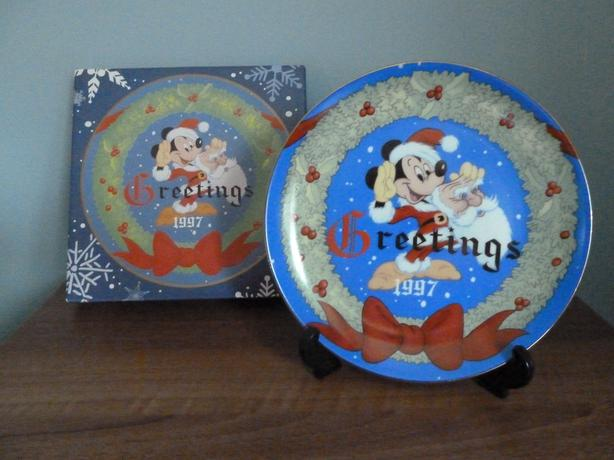 VERY RARE DISNEY'S 1997 LIMITED EDITION PLATE-INSPIRED BY 1947 GREETING -NEW