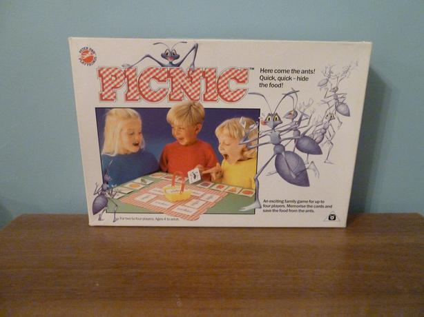 """PICNIC"" MEMORY GAME-RARE VINTAGE -EXCELLENT LEARNING & FUN FOR KIDS"