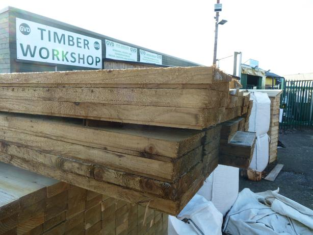 Feather Edge Boards 6m Heavy Duty Timber Cladding (Garden Building)