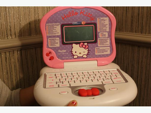 hello kitty laptop with mouse